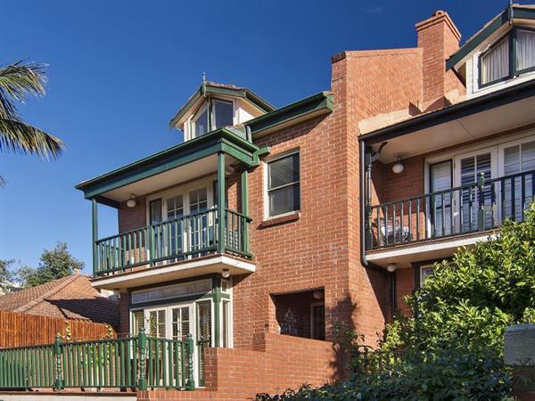 8a merlin street neutral bay 2089 new south wales australia for 2 torrens terrace