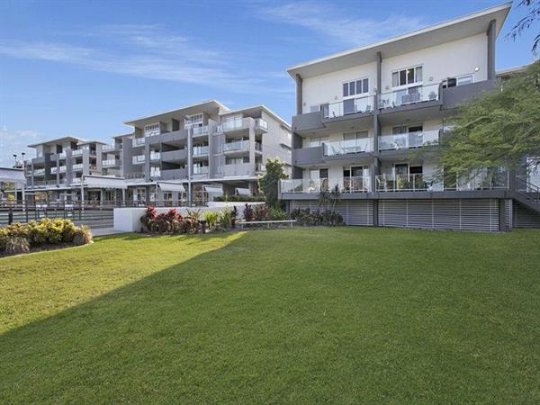 56-95-Clarence-Road-Indooroopilly-4068-