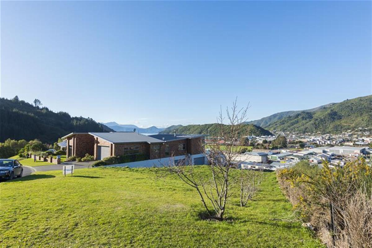 28-Gravesend-Place-Picton-7220-