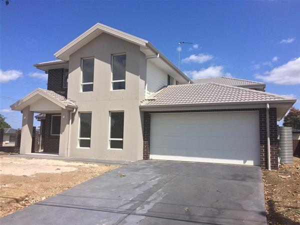 18-Silvereye-Close-Glenmore-Park-2745-NSW