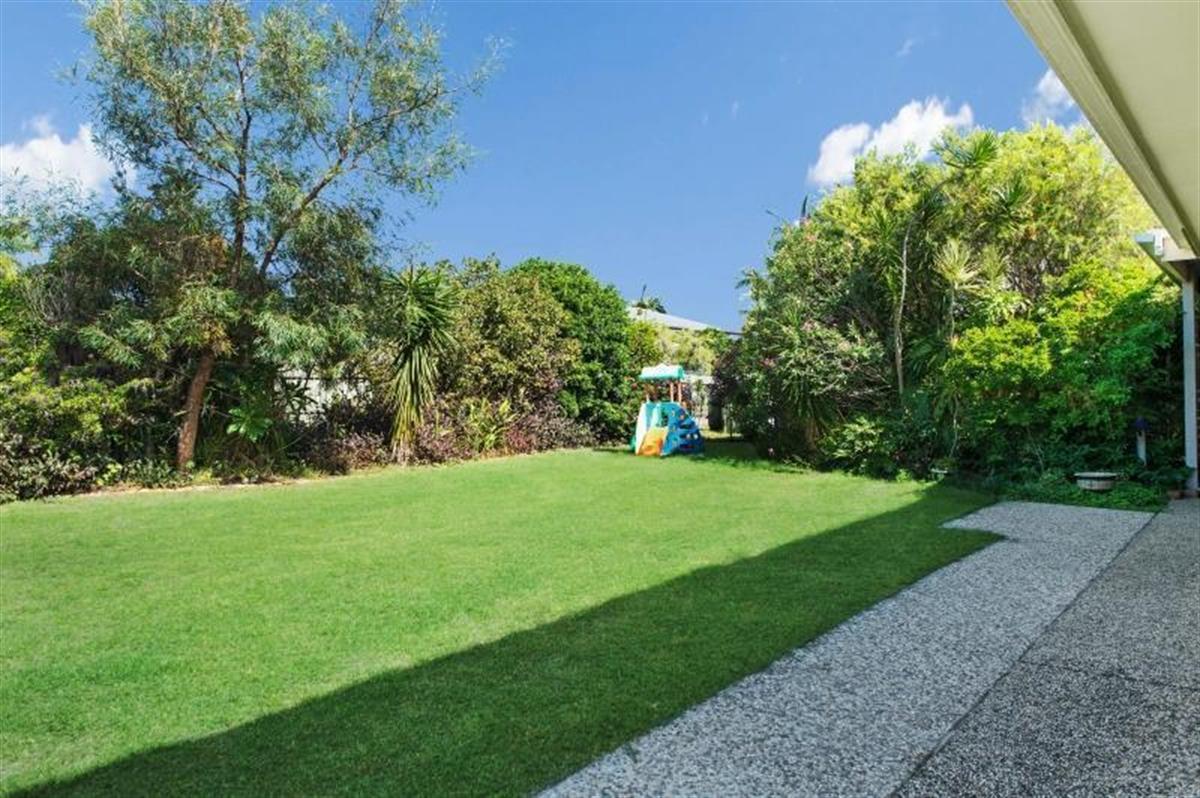 Bribie Island Holiday Rentals Real Estate