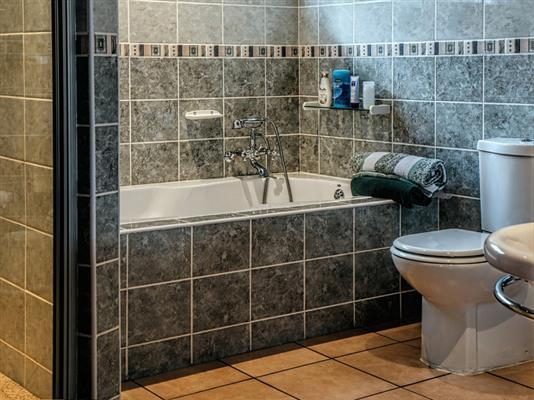 Ceramic tile resurfacing