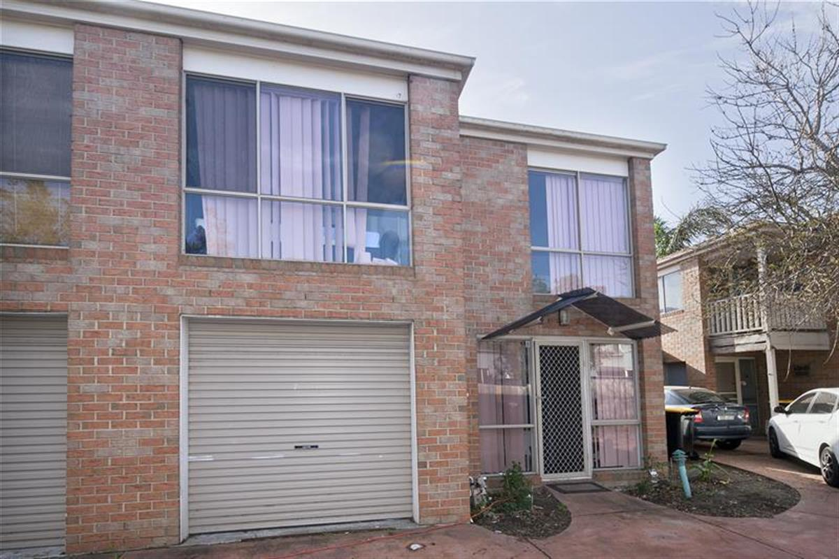 8 34 stud road dandenong 3175 victoria australia for 9 kitchen road dandenong