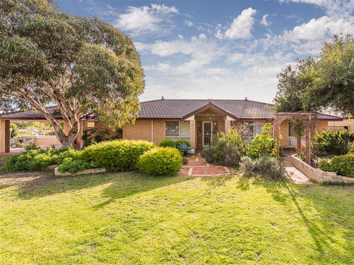 20-Derwent-Crescent-Success-6164-WA