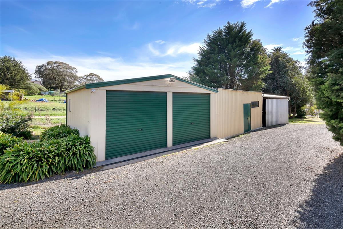 15 Urquhart Street Gordon 3345 Victoria Australia