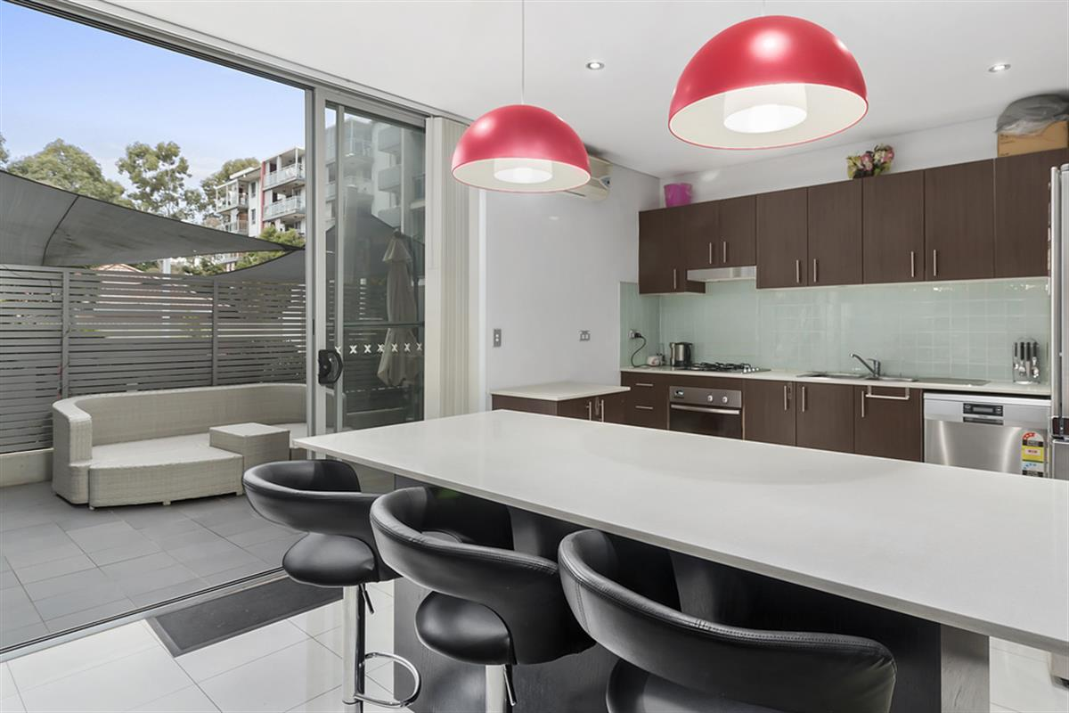 3 12 18 bathurst street liverpool 2170 new south wales for Kitchens liverpool nsw