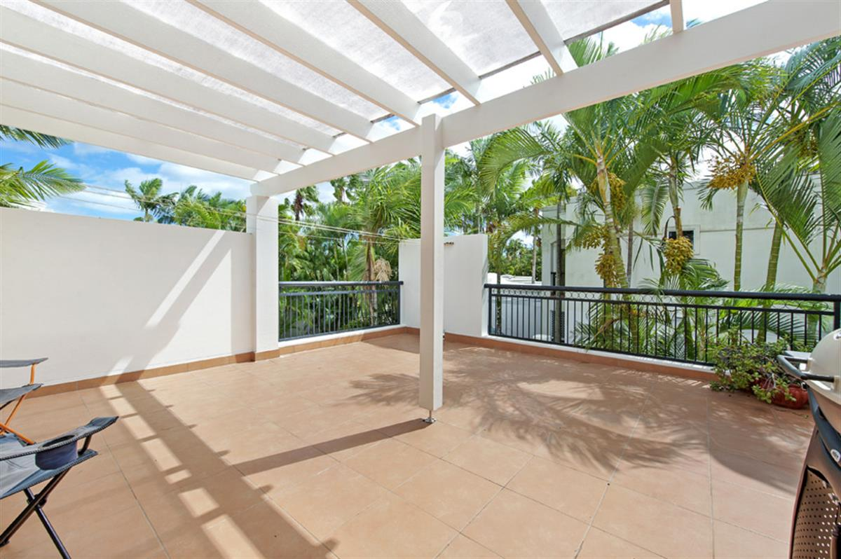 100-Cotlew-Street-East-Southport-4215-