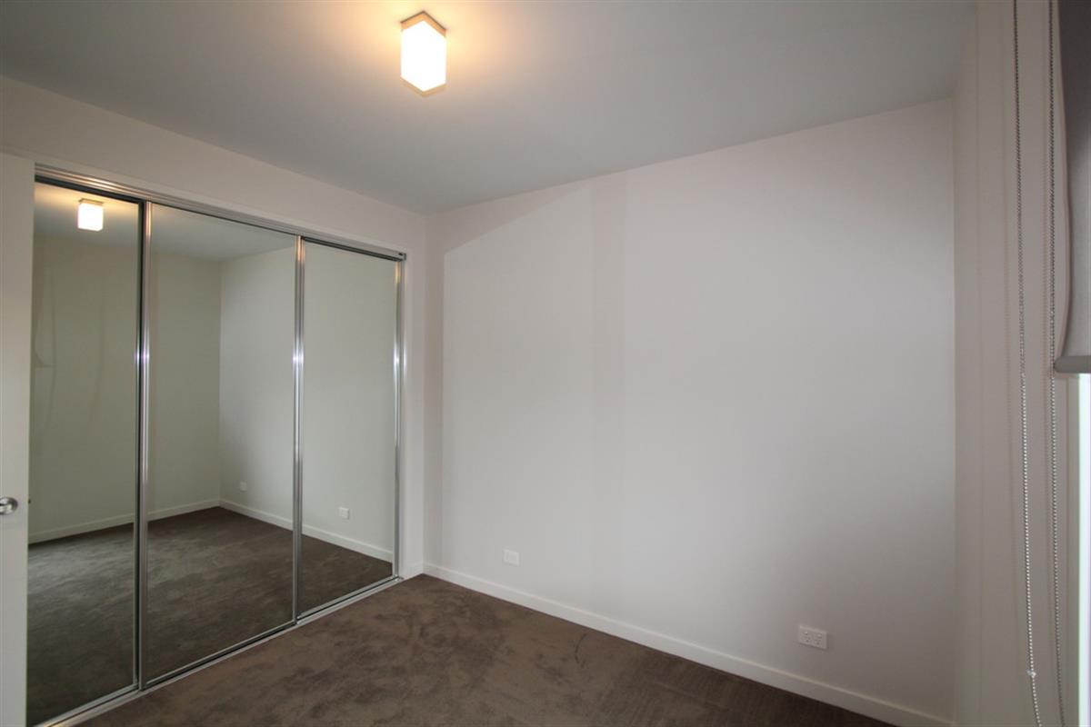 28 408 Drummond Street North Ballarat Central 3350