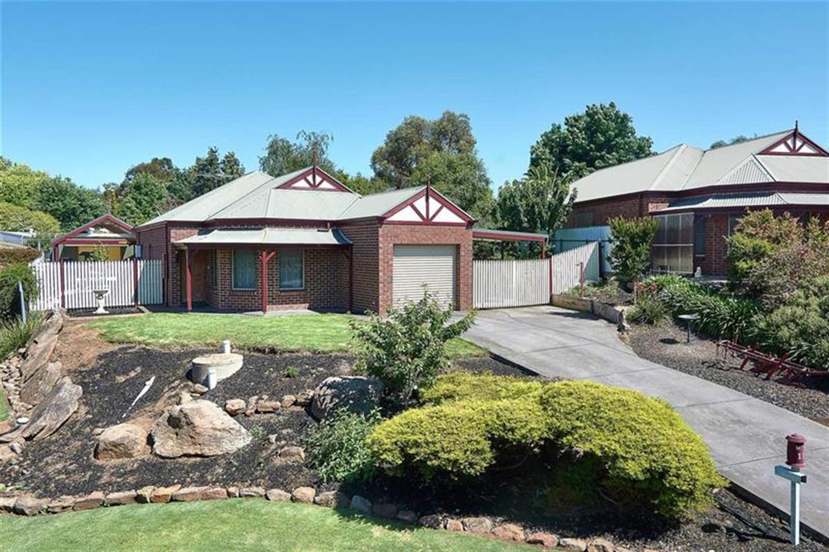 12-Thompson-Court-Mount-Barker-5251-SA