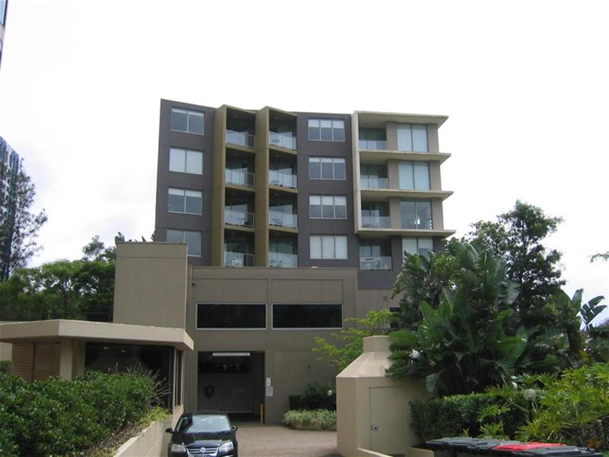 302-88-Berry-Street-North-Sydney-2060-NSW