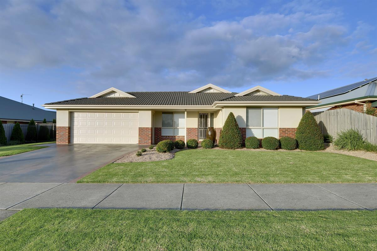 32-connaught-wy-traralgon-3844-vic