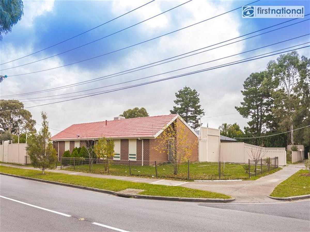 6-rokewood-crescent-meadow-heights-3048-vic