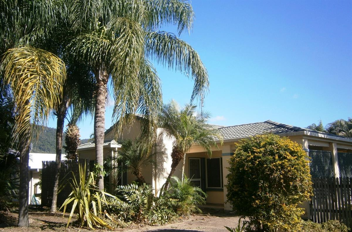 16-valley-drive-cannonvale-4802