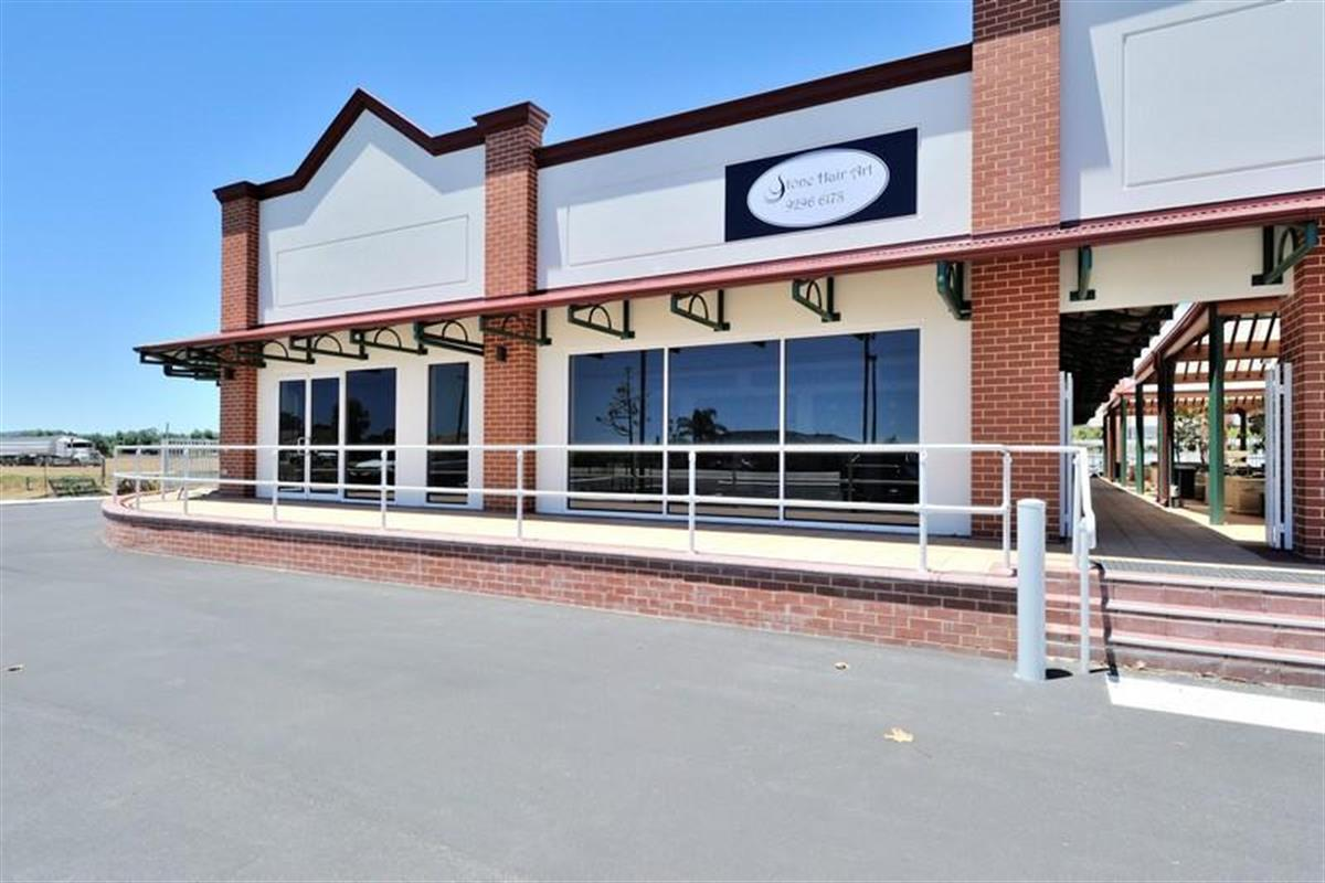 Lamonts Commercial Property