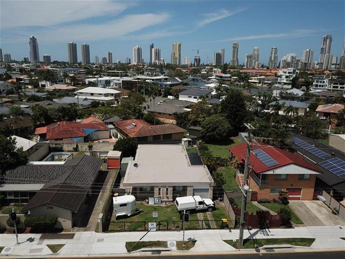 300-Ferry-Road-Southport-4215-QLD