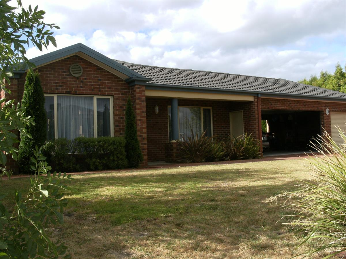 11-hambleton-court-lysterfield-3156-vic