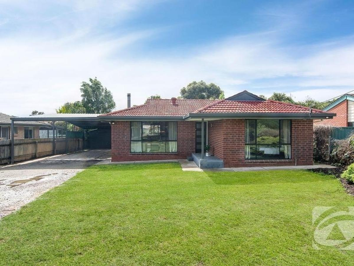 17-Deer-Avenue-Mount-Barker-5251-