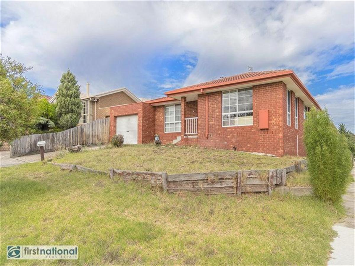 2-Care-Close-Meadow-Heights-3048-VIC