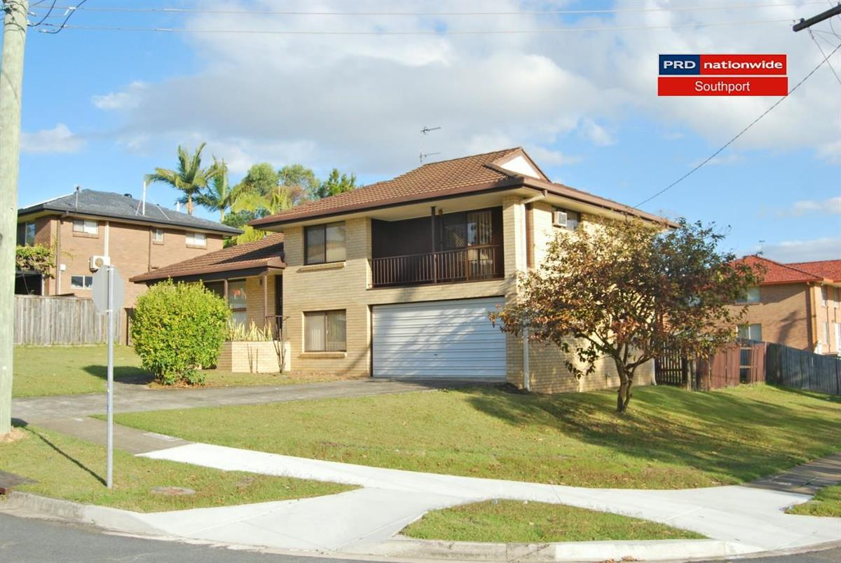 16-Myall-Street-Southport-4215-