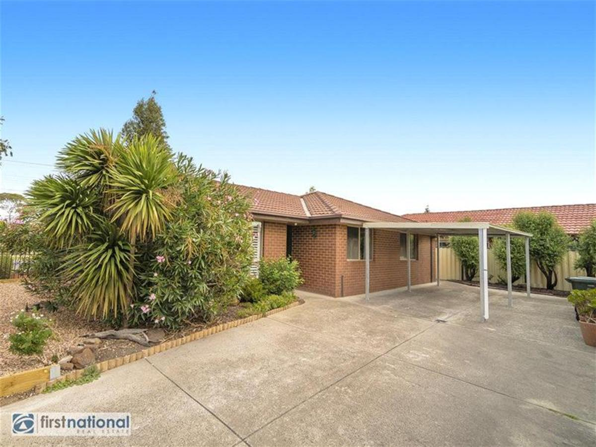 1-149-Rokewood-Crescent-Meadow-Heights-3048-VIC