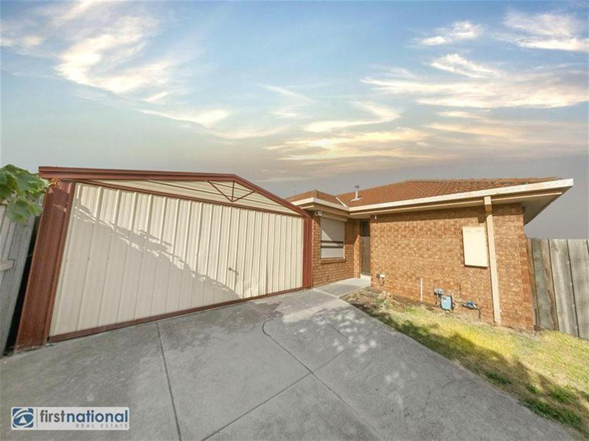 2-24-Amarina-Close-Meadow-Heights-3048-VIC