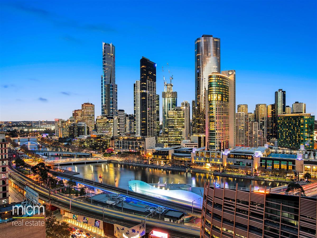 2305-7-Katherine-Place-Melbourne-3000-
