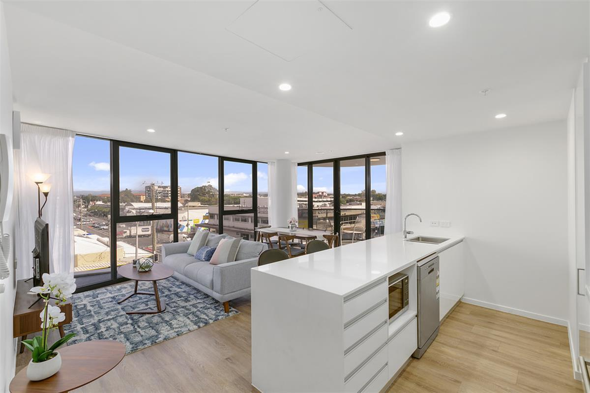 139-Scarborough-Street-Southport-4215-