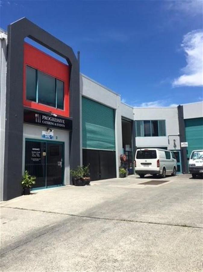Units-1-5,-8-Pirelli-Street-Southport-4215-QLD