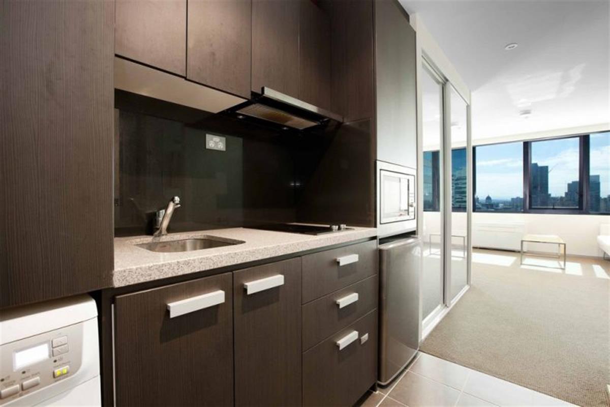 2406-181-A'Beckett-Street-Melbourne-3000-