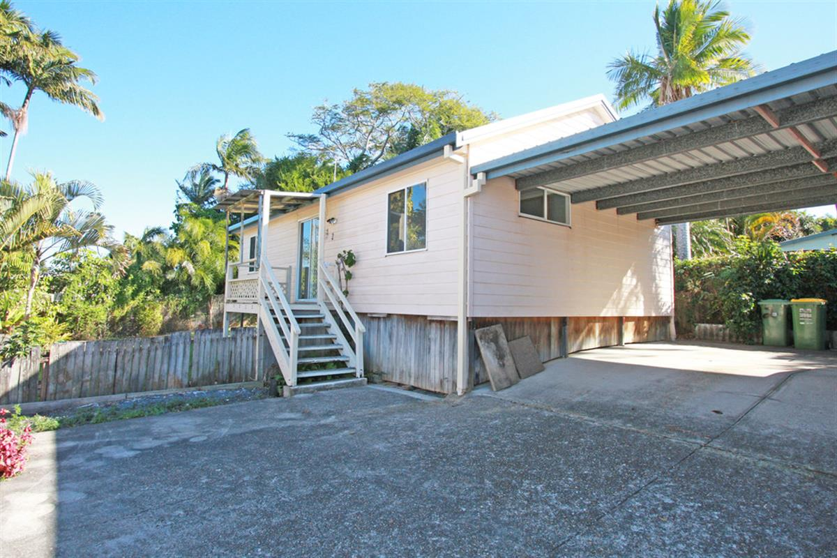 2-96-Johnston-Street-Southport-4215-