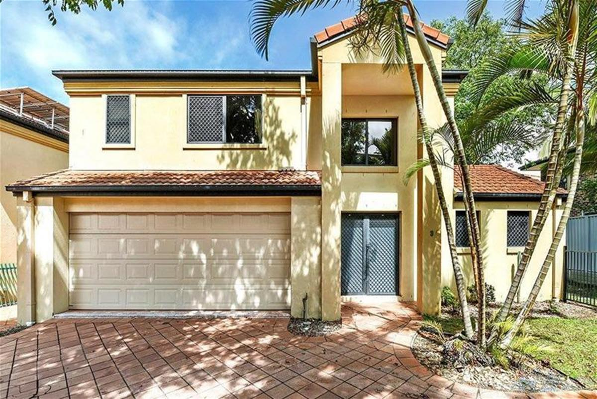 3-118-Pohlman-Street-Southport-4215-QLD