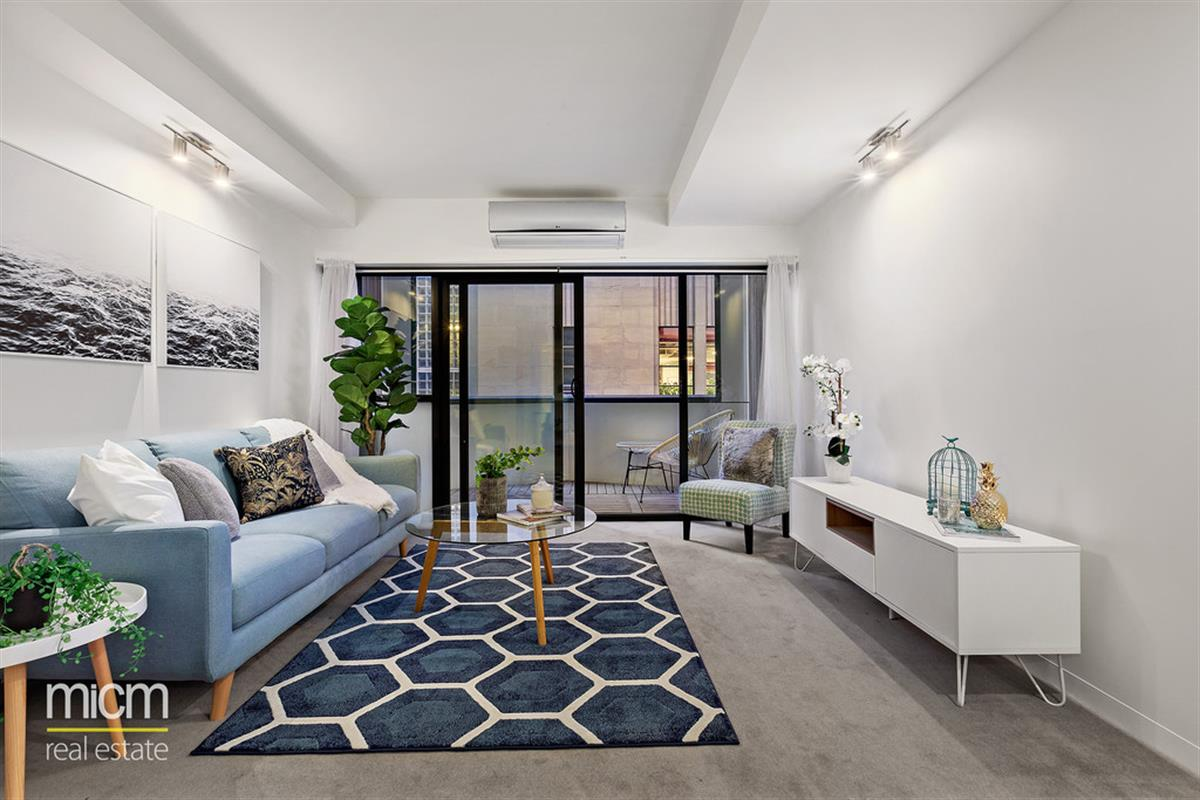 702-18-Russell-Place-Melbourne-3000-