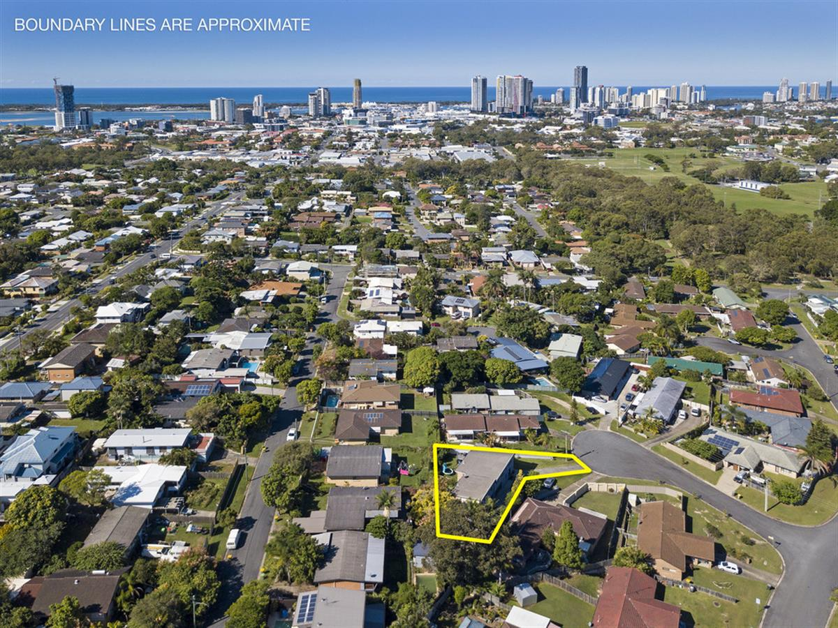 6-Melrose-Place-Southport-4215-