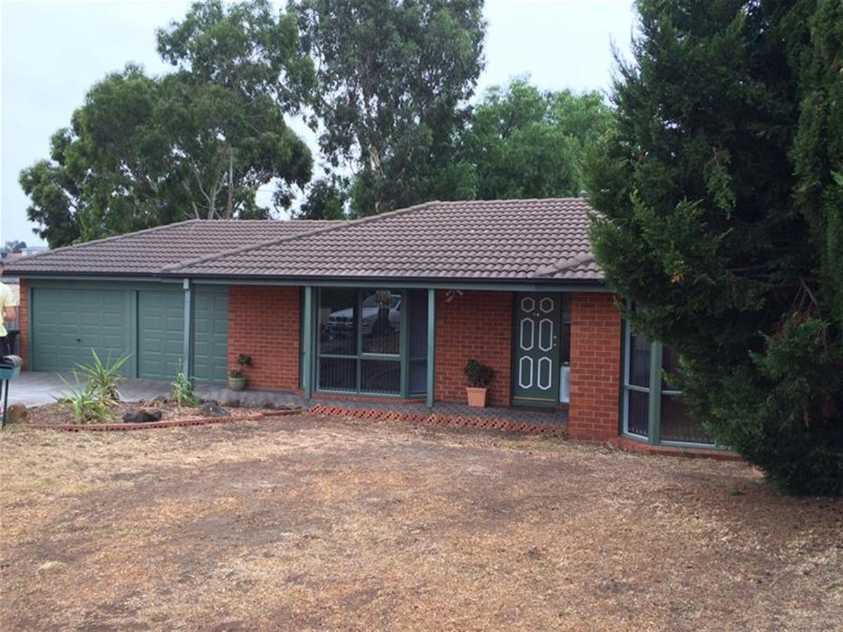 16-McNicol-Close-Meadow-Heights-3048-VIC