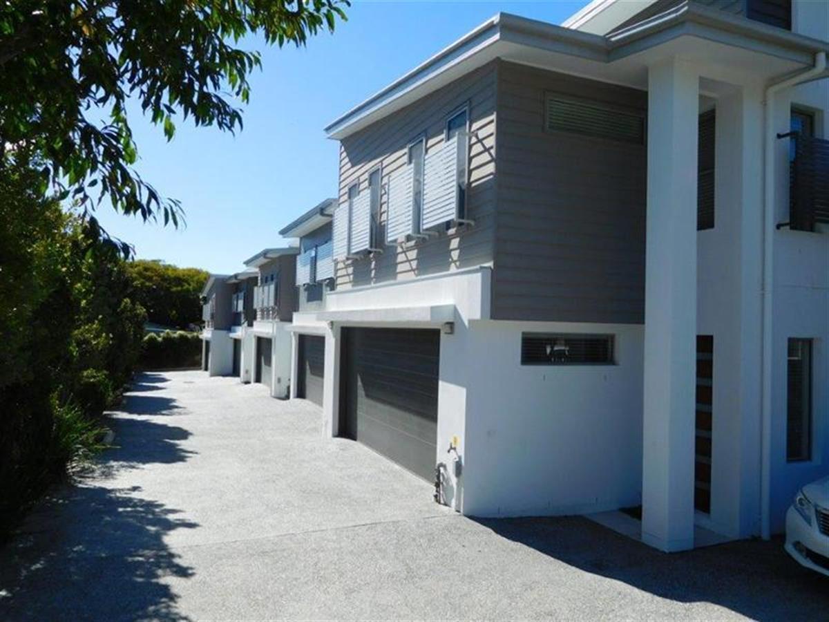 4-119-Eugaree-Street-Southport-4215-QLD