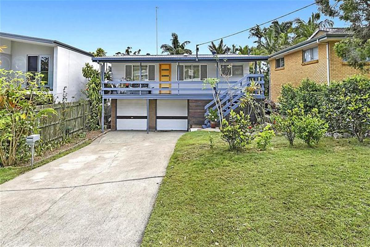 40-Golden-Crescent-Southport-4215-QLD