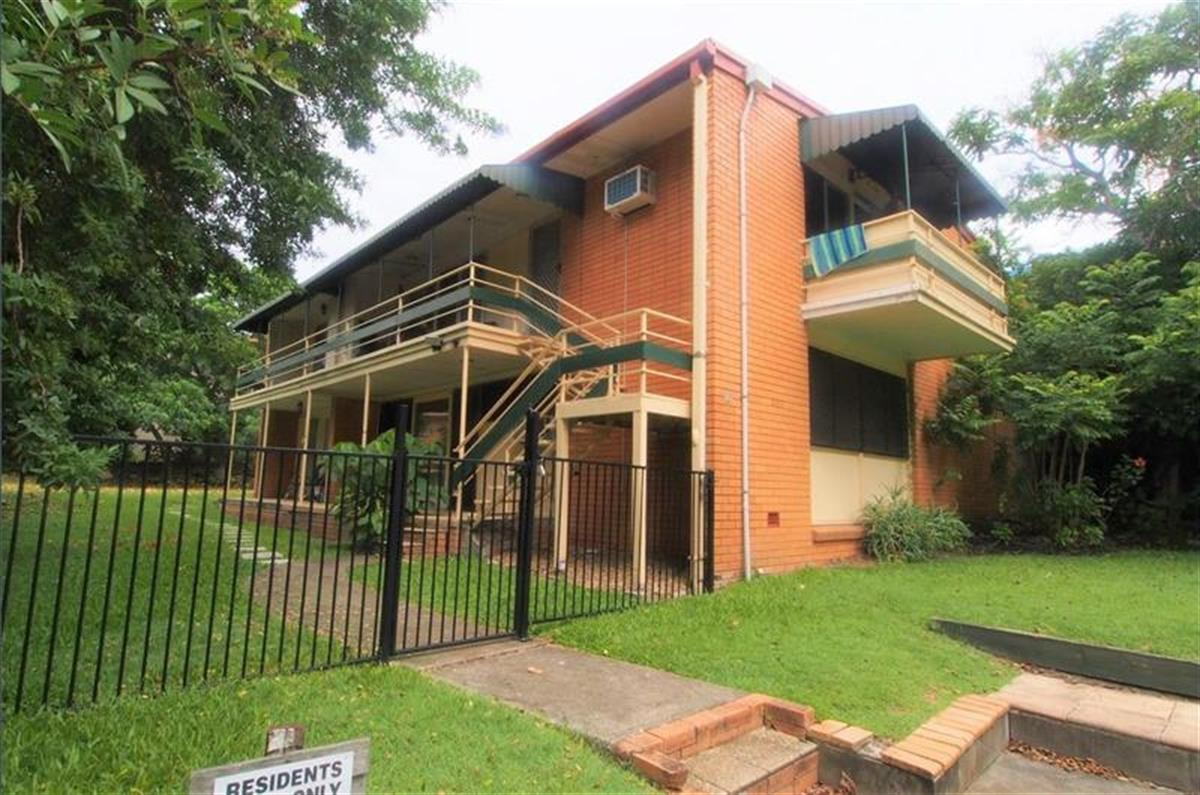 2-14-White-Street-Southport-4215-QLD