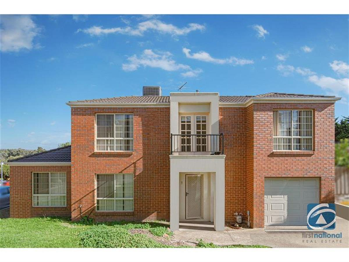 2-32-Papworth-Place-Meadow-Heights-3048-VIC