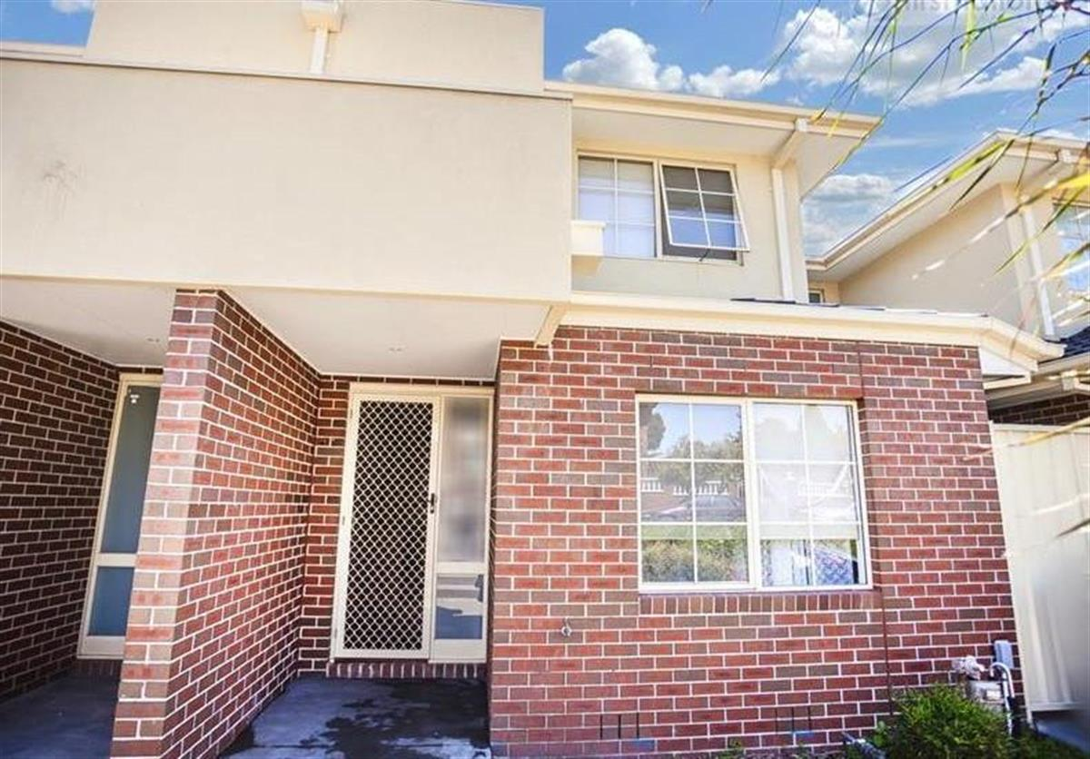 3-29-31-Ashleigh-Crescent-Meadow-Heights-3048-VIC